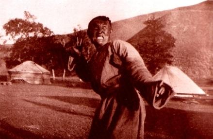 Chaman en transe, Mongolie, 1934